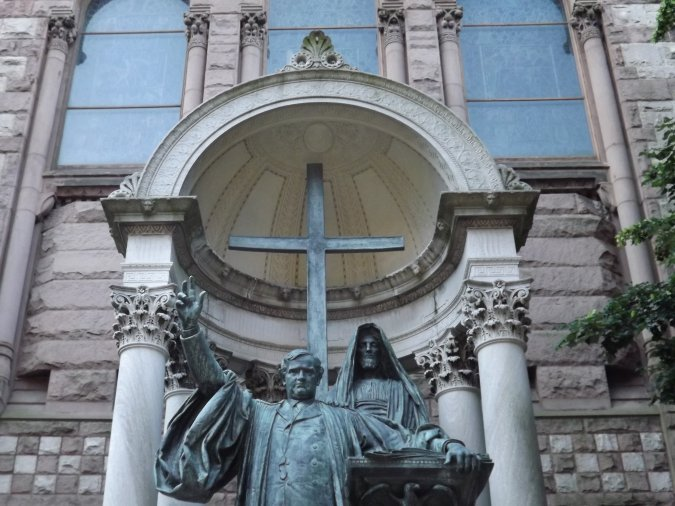 Phillips Brooks Memorial Statue